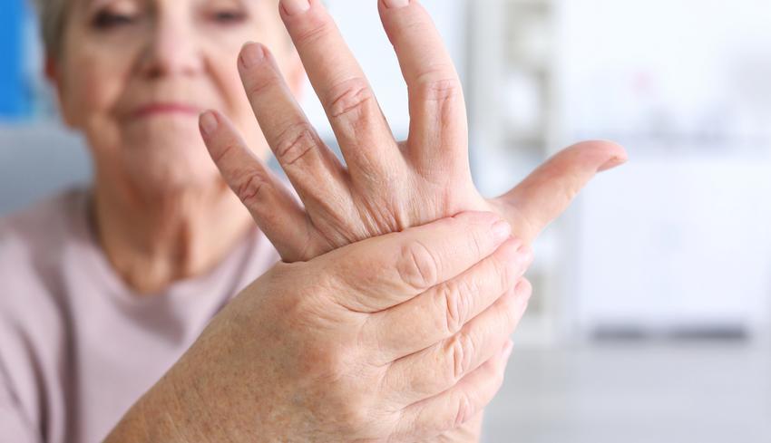hogyan lehet enyhíteni az ujjízület fájdalmát