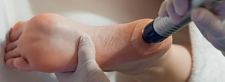 artrózis kezelés bankokkal a kenőcs csontritkulás esetén tart fenn