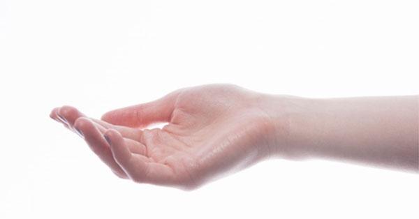 tenyér ízület sérülése a csípőízület kattan és fáj