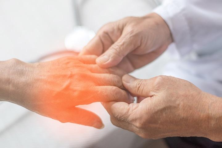 Kéz zsibbadás megszüntetése a zsibbadás okának feltárásával