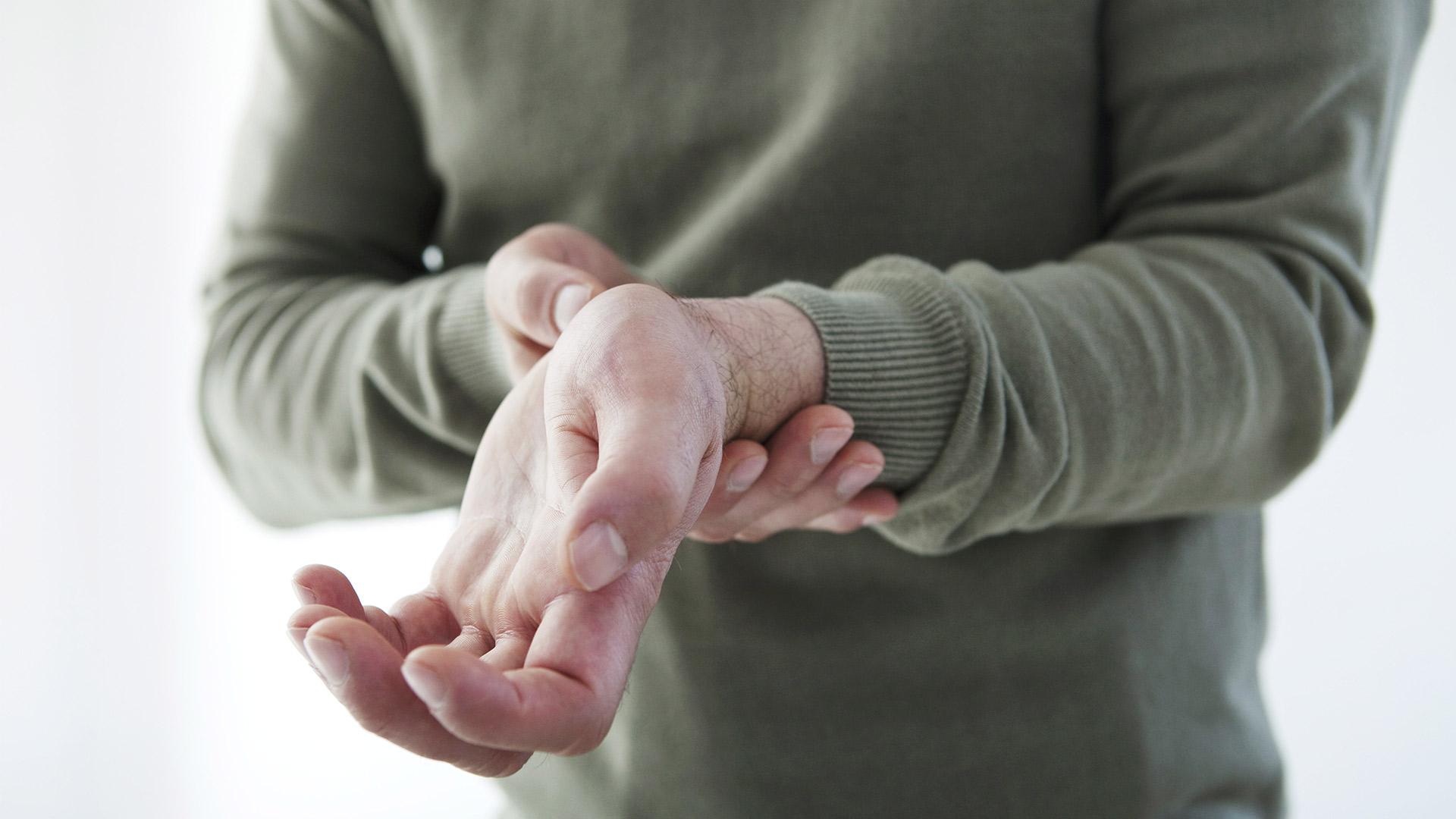 A hüvelykujj-kapszula károsodása Gyakori megbetegedések