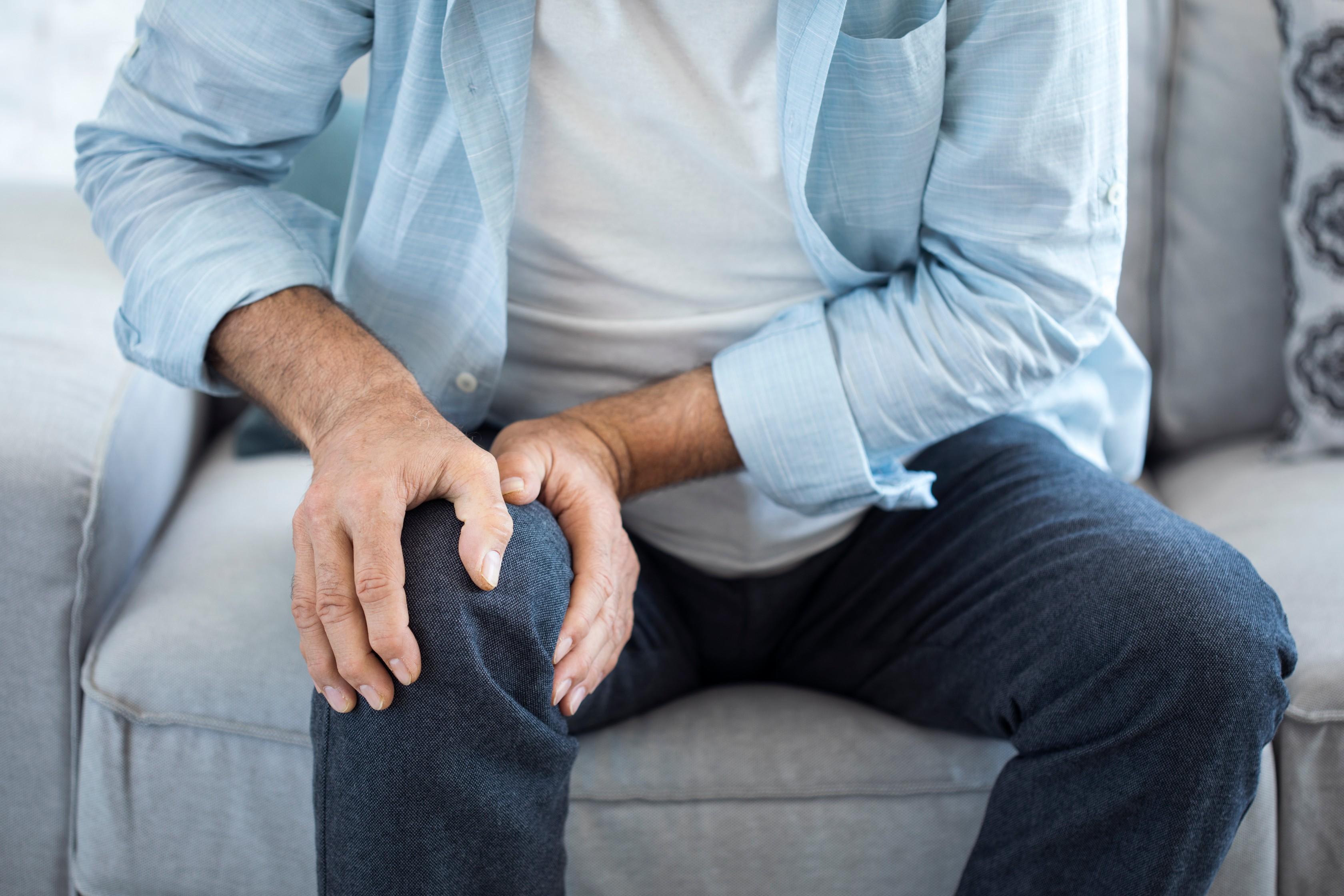 fájdalom a lábak ízületeiben térdkezelés