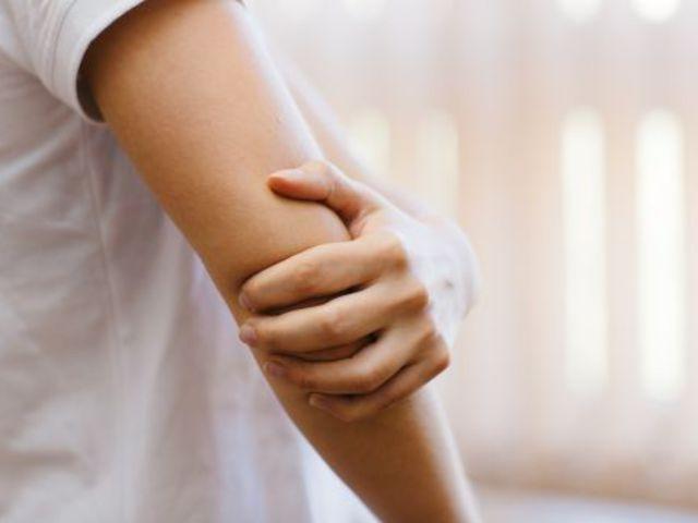 gyakorlatok a könyökízület fájdalmához